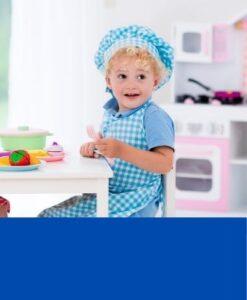 玩偶和廚房玩具